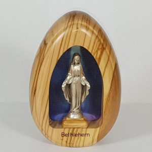 Olive wood battery-powered Scene with Virgin Mary figurine